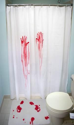 Horror_shower_1