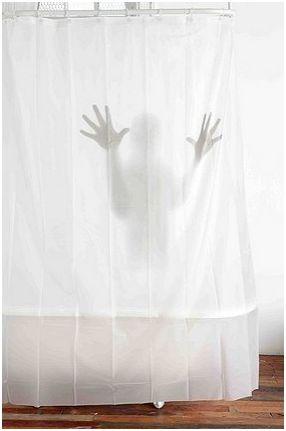 Horror_shower_2